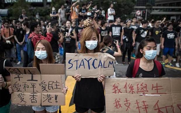 Anonymous al fianco dei manifestatanti di Hong Kong