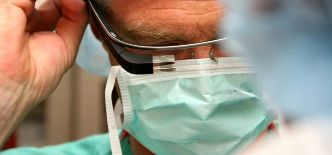 A Firenze il primo prelievo di fegato con i Google Glass