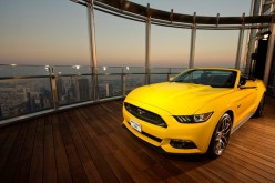 La Mustang raggiunge la cima del Burj Khalifa di Dubai