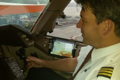 TNT Airways sostituisce i documenti di volo con gli iPad