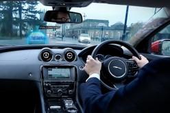 "Jaguar Land Rover presenta l'auto ""aumentata"""