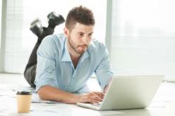 Sedentarietà, stare troppe ore seduti danneggia il cuore