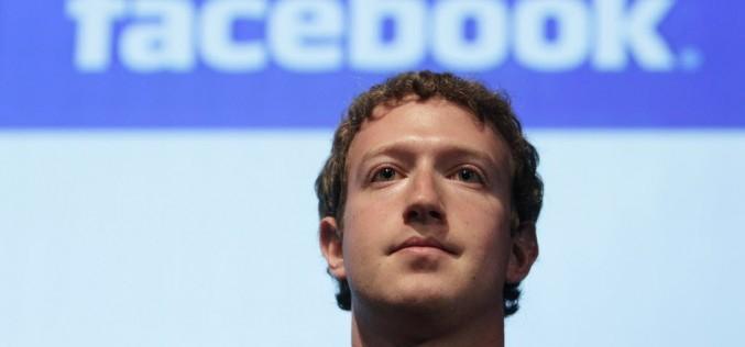 """Che gaffe per Zuckerberg: """"Negare l'Olocausto è libertà di espressione"""""""