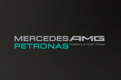 Epson sponsorizza il team Mercedes Amg Petronas