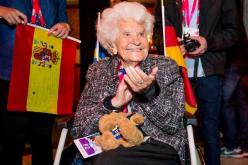 Muore nonna Facebook, con i suoi 105 anni era l'utente più anziana