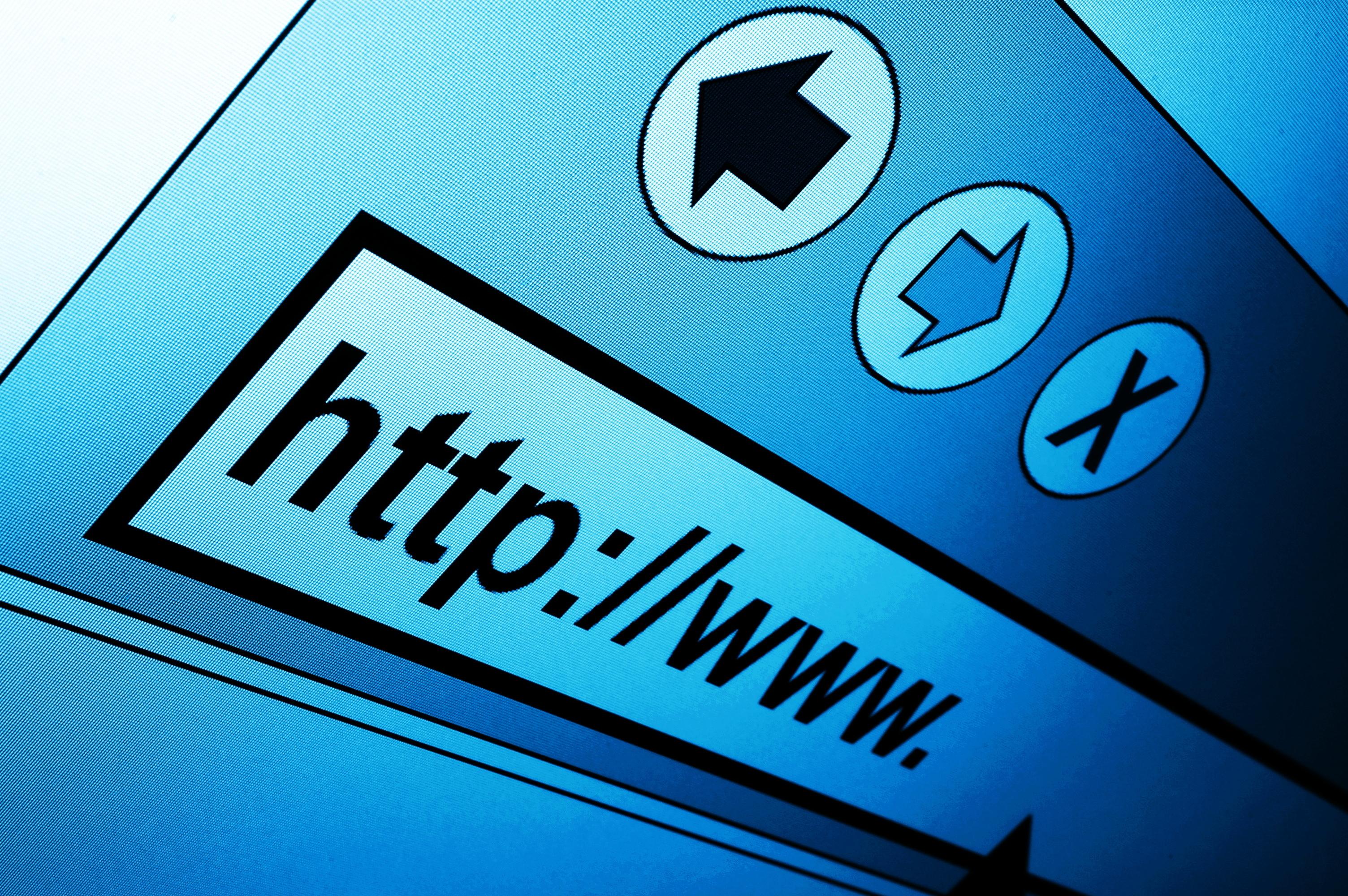 Italiani e Internet: il 41% ringrazia per la connessione