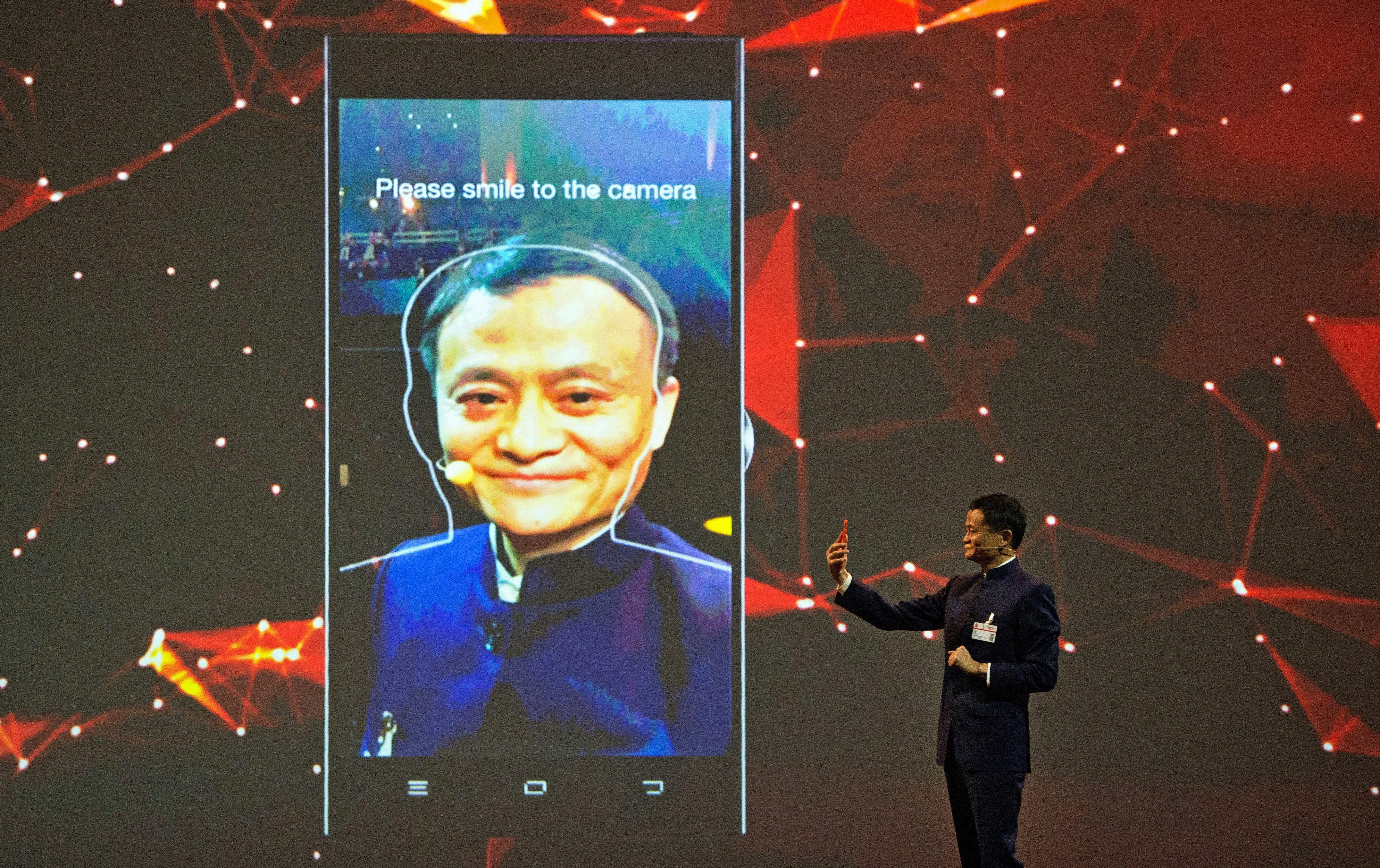 Il riconoscimento facciale di Android violato da un calco in 3D