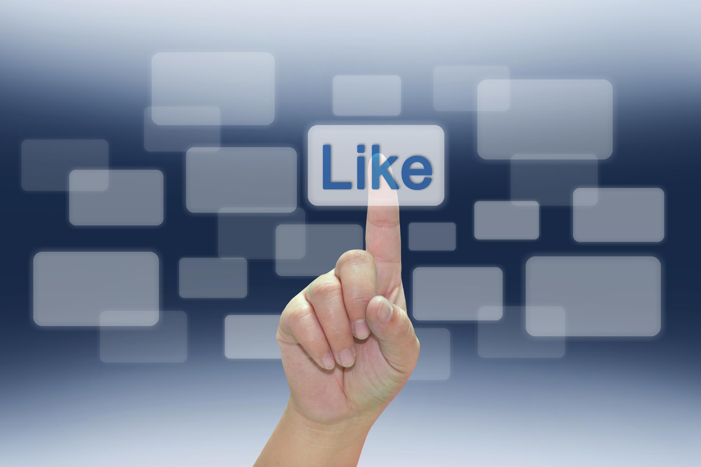 Facebook elimina i falsi like dalle pagine