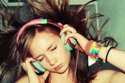 Musica assordante, udito a rischio per un miliardo di giovani