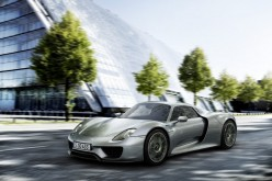 Porsche è pronta a sfidare Tesla