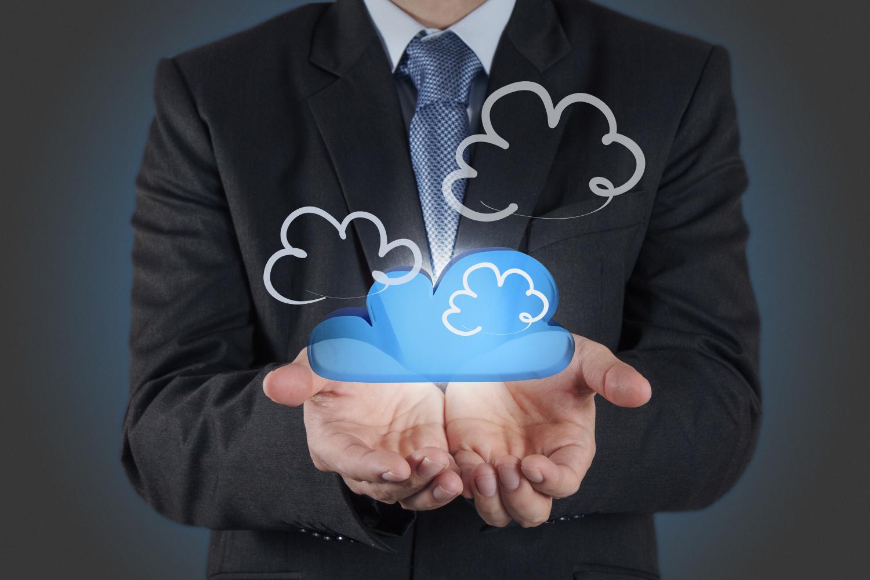L'adozione del cloud ibrido nel manufacturing: il report Nutanix