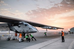 Solar Impulse 2 si ferma per un problema alle batterie