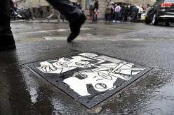 Metroweb sottosopra. Tombini Art per Milano
