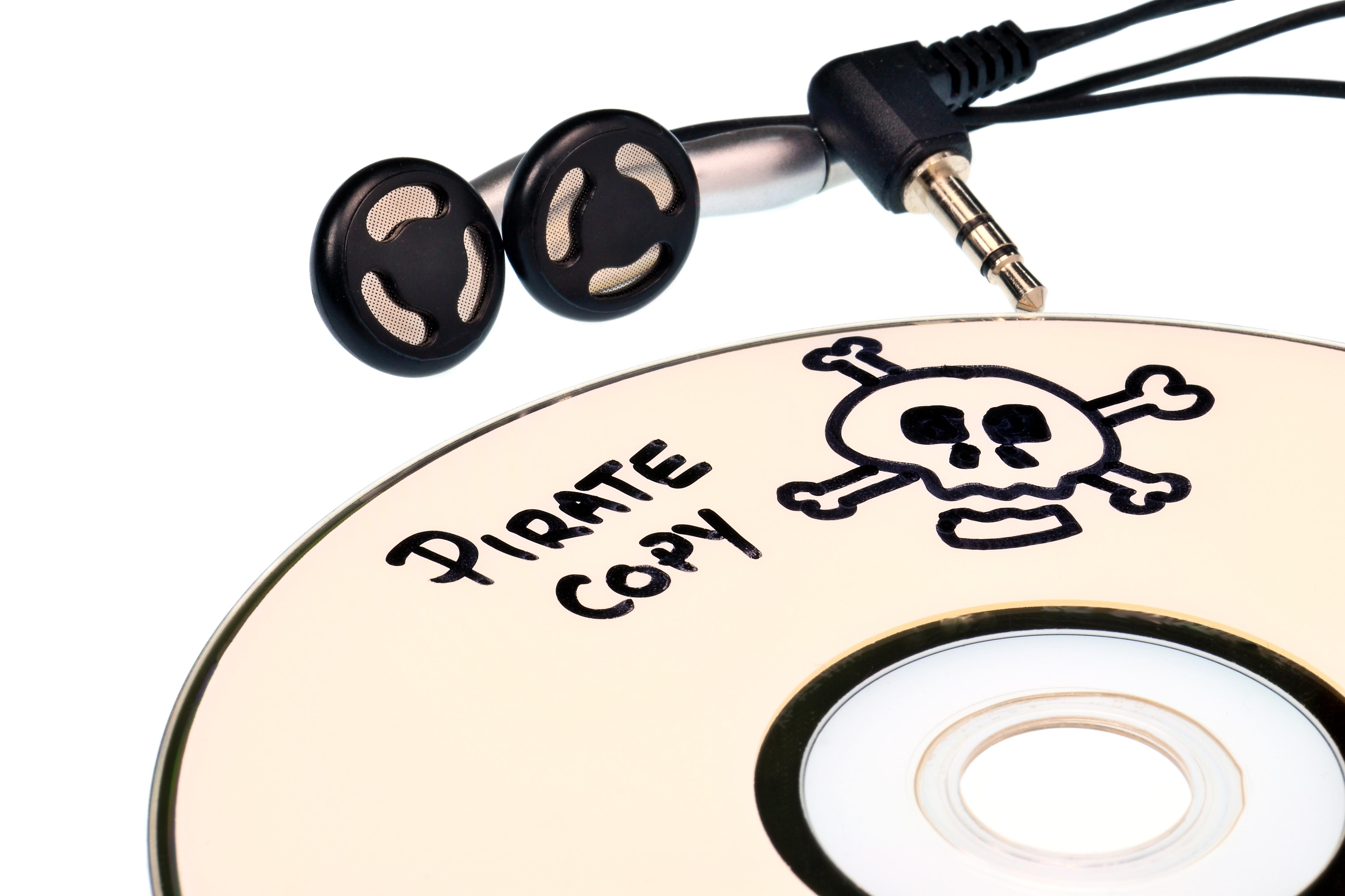 """Il 60% degli italiani pensa che la pirateria online sia un """"peccato veniale"""""""