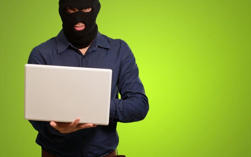 Attacco hacker ad Equifax, oltre 143 milioni di americani in pericolo Commento Sophos