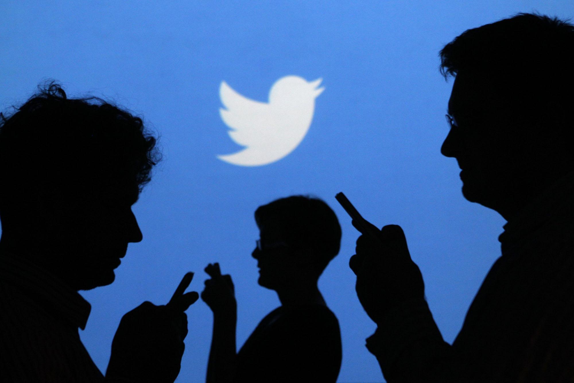 L'account di Facebook su Twitter è stato hackerato