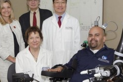 """Protesi hi-tech, primo braccio robotico che si muove """"fluidamente"""" con il pensiero"""