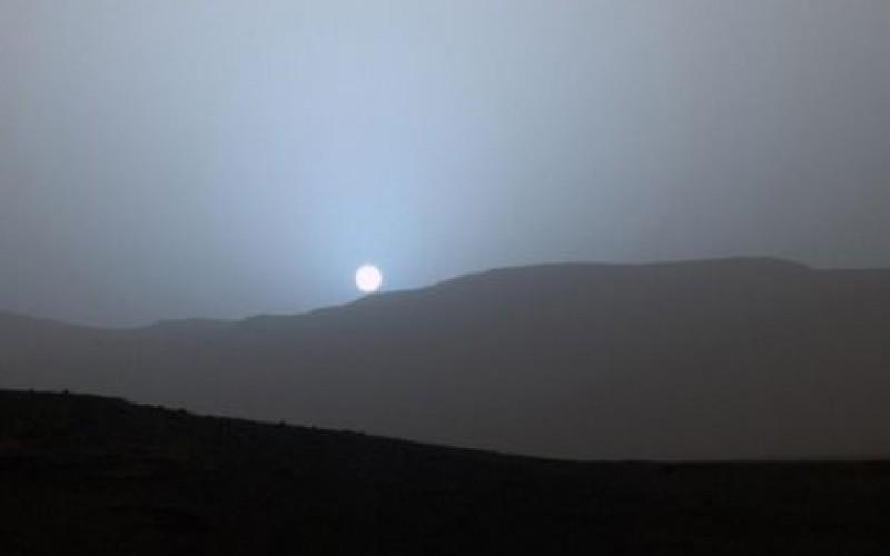 Su Marte i tramonti si colorano di blu