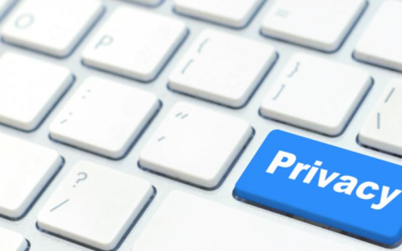 Oltrepassare il confine della privacy online può rendere San Valentino pericoloso