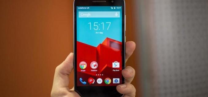 Vodafone lancia Smart Prime, telefono 4G low-cost