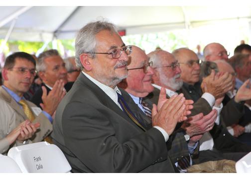 Il fisico italiano claudio pellegrini vince l'Enrico Fermi Award