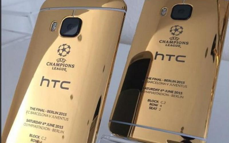 Gaffe di HTC: fotografa con iPhone la versione gold di One M9