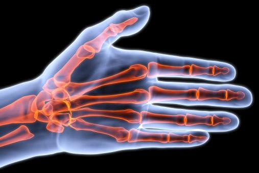 Un biomateriale per favorire la rigenerazione delle ossa degli anziani