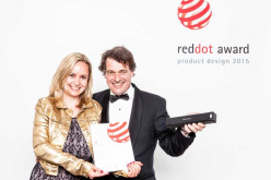 Lo scanner Fujitsu ScanSnap iX100 premiato alla Red Dot Designers' Night