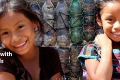 EcoBricks, realizzate 60 scuole con mattoni di bottiglie riciclate