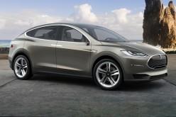 Model X: il SUV di Tesla pronto tra due mesi
