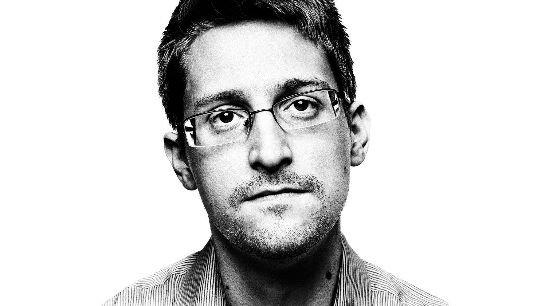 Edward Snowden contro l'indebolimento della crittografia