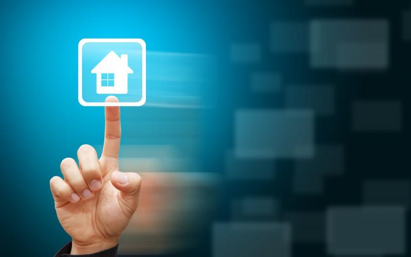LG e Natuzzi, il salotto di casa cambia volto grazie allo smart living