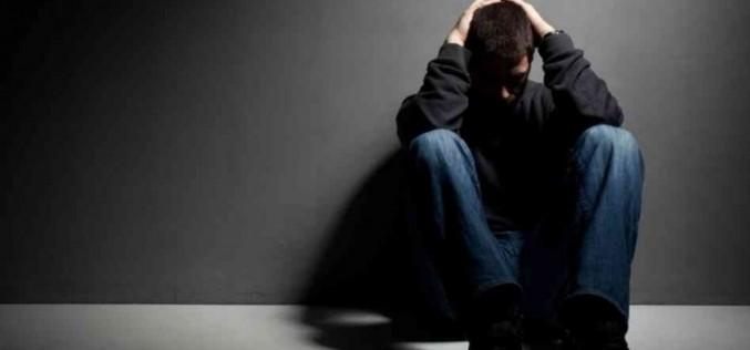 Depressione, in aumento i suicidi tra i giovani