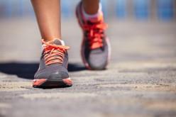 Camminare fa dimagrire più che correre o nuotare
