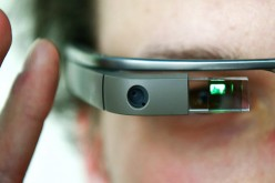 Google Glass 2: pronte due versioni