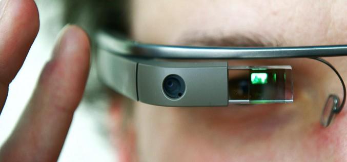 I nuovi Google Glass saranno pieghevoli
