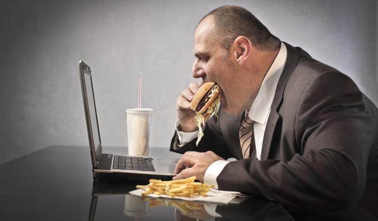 Obesità, la nuova generazione inglese è destinata al sovrappeso