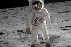 Gli studenti disegnano la moda per gli astronauti