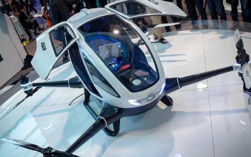Dal CES 2016 arriva il drone taxi con passeggero