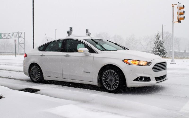 Ford sperimenta i veicoli a guida autonoma anche in condizioni di guida invernali