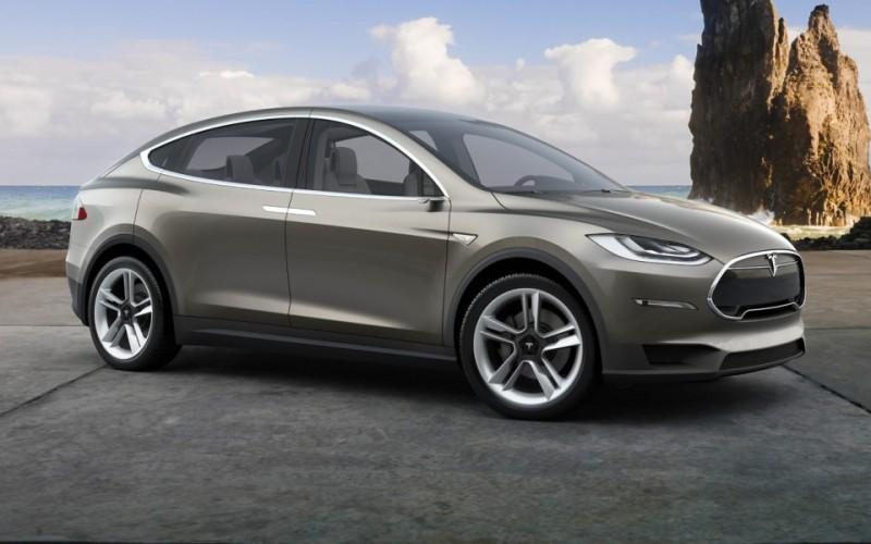 Tesla prepara due Model 3 per marzo