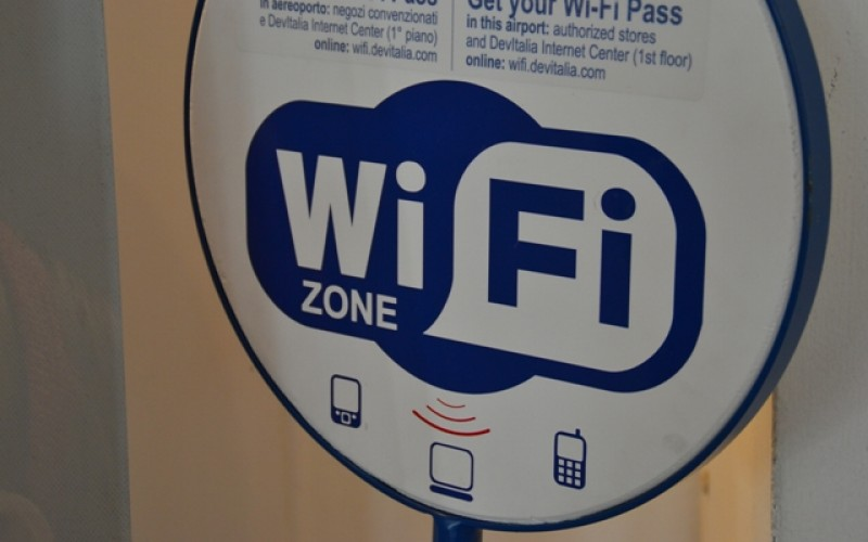 """Wi-Fi spento a Borgofranco: """"Pericoloso per la salute"""""""