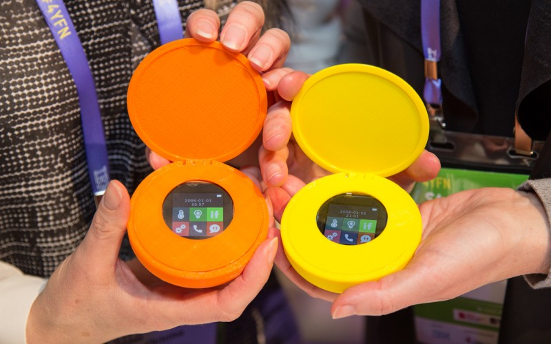 Chi ha bisogno di uno smartphone sferico?