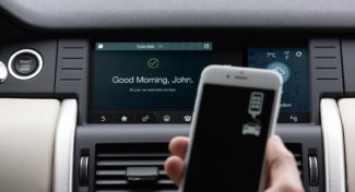 """Land Rover Discovery Sport 2017 con il trova oggetti """"Tile tracker"""""""