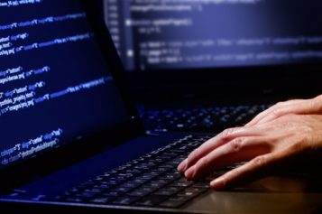 Insieme contro gli hacker