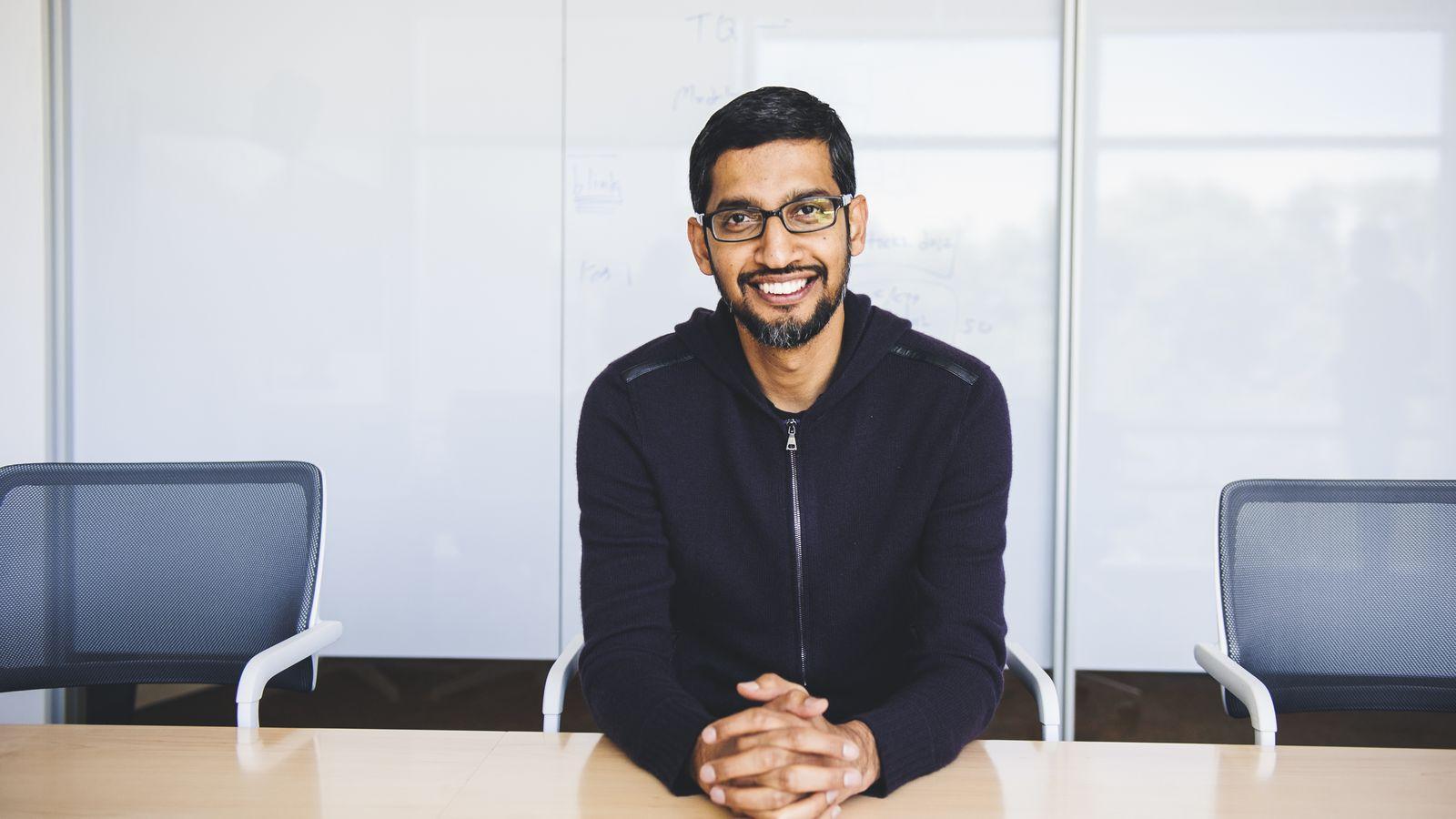 """Sundar Pichai espone il nuovo piano di lavoro """"ibrido"""" di Google"""