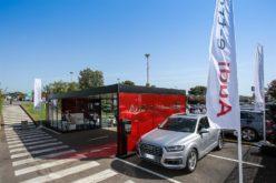 Audi e-tron Hub e la Costa Smeralda: una partnership all'insegna del futuro della mobilità