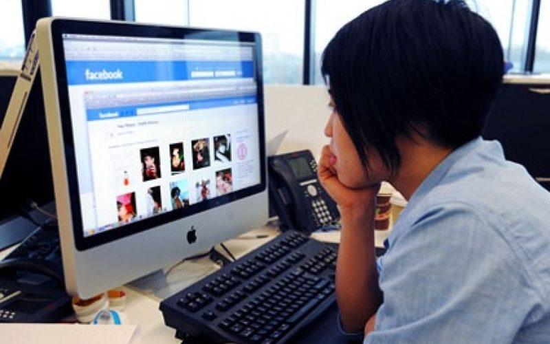 Il lavoro? Lo cercheremo su Facebook! Inizia la sfida a Linkedin