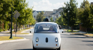 Google accusa Uber di aver copiato il sistema per le self driving car
