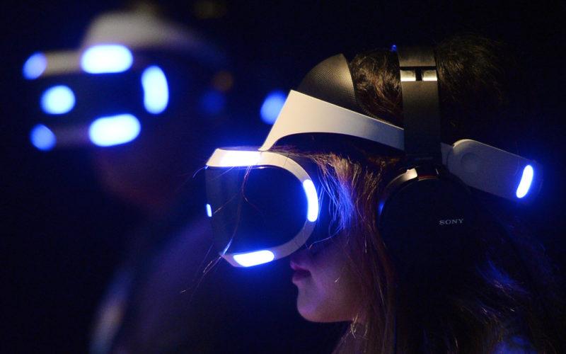 Samsung, Sony, Google e Facebook dominano il mercato VR